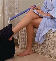 Dress EZ Dressing Stick and Shoehorn